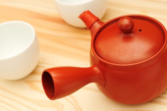 80℃のお湯を淹れて約一分で美味しいお茶の出来上がり。