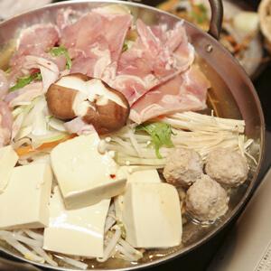 アツアツお鍋の後は冷たいアイスが食べたい!!!今年はどんなお鍋を食べますか?