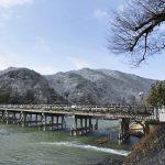 嵐山の雪化粧がとっても綺麗。京都の2月は雪でスタートしました。