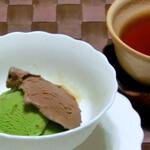 抹茶アイスとほうじ茶アイス